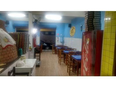 Vende se Pizzaria completa