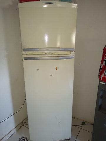 Vendo Geladeira Frost Free - Geladeiras e freezers
