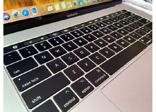 MacBook Pro 15 Touchbar