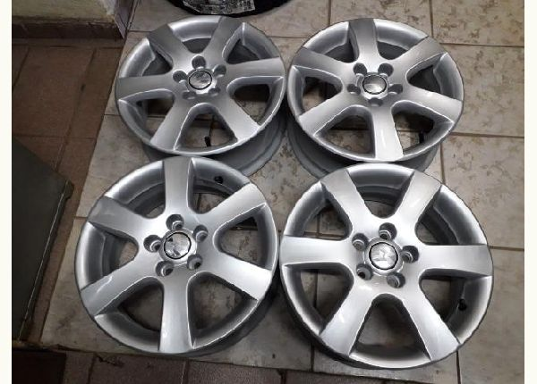 Rodas aro 15 Polo, Fox, Golf